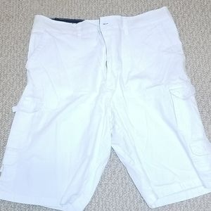 White Beverly Hills Polo Club cargo shorts